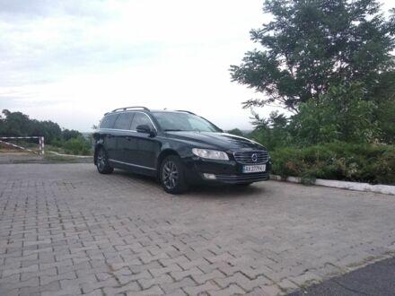 Черный Вольво В70, объемом двигателя 2 л и пробегом 240 тыс. км за 14000 $, фото 1 на Automoto.ua