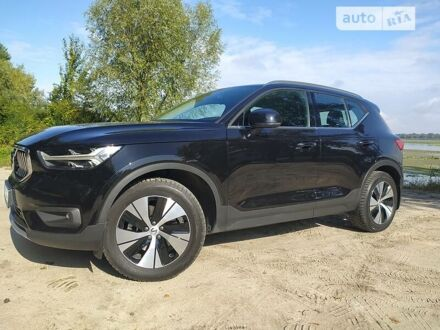 Чорний Вольво XC40, об'ємом двигуна 2 л та пробігом 25 тис. км за 39000 $, фото 1 на Automoto.ua