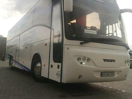 Белый Вольво В10, объемом двигателя 12 л и пробегом 909 тыс. км за 39500 $, фото 1 на Automoto.ua