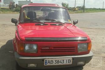 Красный Вартбург 1.3, объемом двигателя 1.3 л и пробегом 193 тыс. км за 1600 $, фото 1 на Automoto.ua