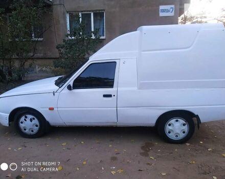 Белый ЗАЗ 1102 Таврия, объемом двигателя 1.2 л и пробегом 999 тыс. км за 1200 $, фото 1 на Automoto.ua
