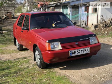 Червоний ЗАЗ 1103 Славута, об'ємом двигуна 1.2 л та пробігом 67 тис. км за 2600 $, фото 1 на Automoto.ua
