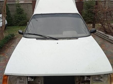 Белый ЗАЗ 1105 Дана, объемом двигателя 1.2 л и пробегом 190 тыс. км за 896 $, фото 1 на Automoto.ua