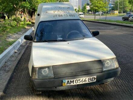 Белый ЗАЗ 1105 Дана, объемом двигателя 1.2 л и пробегом 5 тыс. км за 1000 $, фото 1 на Automoto.ua