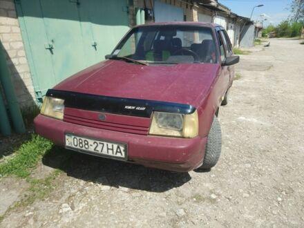 Красный ЗАЗ 1105 Дана, объемом двигателя 1.2 л и пробегом 250 тыс. км за 740 $, фото 1 на Automoto.ua