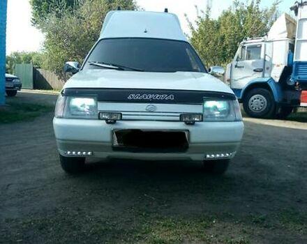 Белый ЗАЗ 1105 Дана, объемом двигателя 1.2 л и пробегом 156 тыс. км за 3000 $, фото 1 на Automoto.ua