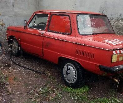 Красный ЗАЗ 968, объемом двигателя 1 л и пробегом 1 тыс. км за 257 $, фото 1 на Automoto.ua