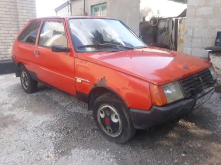 Красный ЗАЗ Таврия, объемом двигателя 1.1 л и пробегом 110 тыс. км за 289 $, фото 1 на Automoto.ua