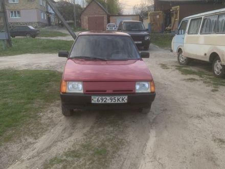 Красный ЗАЗ Таврия, объемом двигателя 1.2 л и пробегом 168 тыс. км за 1300 $, фото 1 на Automoto.ua