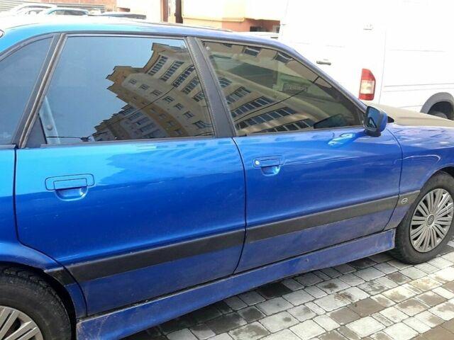 Синій Ауді 80, об'ємом двигуна 1.8 л та пробігом 300 тис. км за 3500 $, фото 1 на Automoto.ua