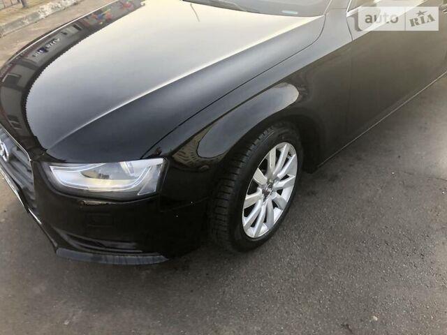 Черный Ауди А4, объемом двигателя 1.98 л и пробегом 77 тыс. км за 14000 $, фото 1 на Automoto.ua