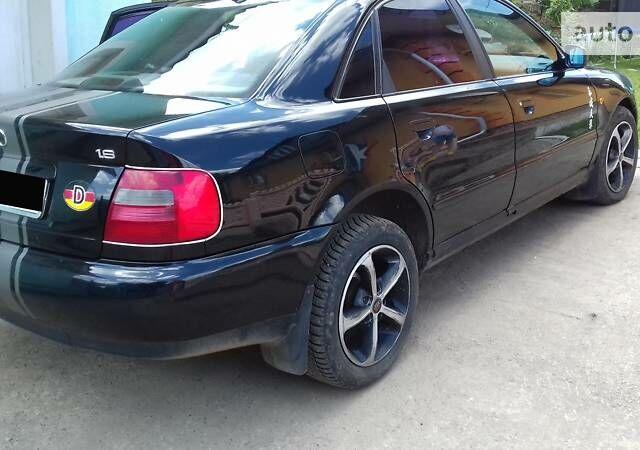 Чорний Ауді A4, об'ємом двигуна 1.6 л та пробігом 340 тис. км за 4950 $, фото 1 на Automoto.ua