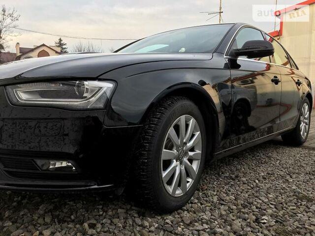 Чорний Ауді A4, об'ємом двигуна 2 л та пробігом 50 тис. км за 17300 $, фото 1 на Automoto.ua