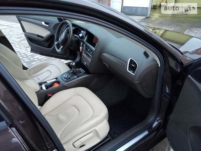 Коричневий Ауді A4, об'ємом двигуна 2 л та пробігом 200 тис. км за 17500 $, фото 1 на Automoto.ua