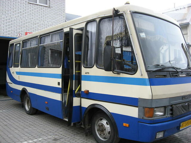 Синий БАЗ А 079 Эталон, объемом двигателя 0 л и пробегом 463 тыс. км за 18000 $, фото 1 на Automoto.ua