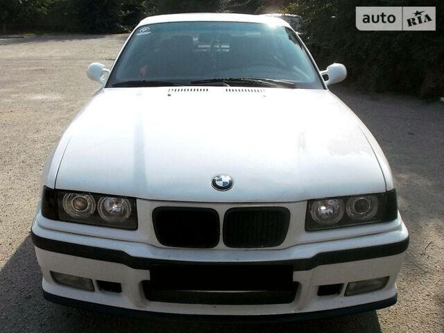 Білий БМВ 316, об'ємом двигуна 1.6 л та пробігом 475 тис. км за 4999 $, фото 1 на Automoto.ua