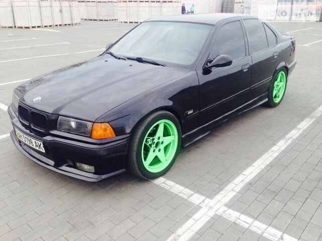Зеленый БМВ 316, объемом двигателя 1.6 л и пробегом 10 тыс. км за 3800 $, фото 1 на Automoto.ua