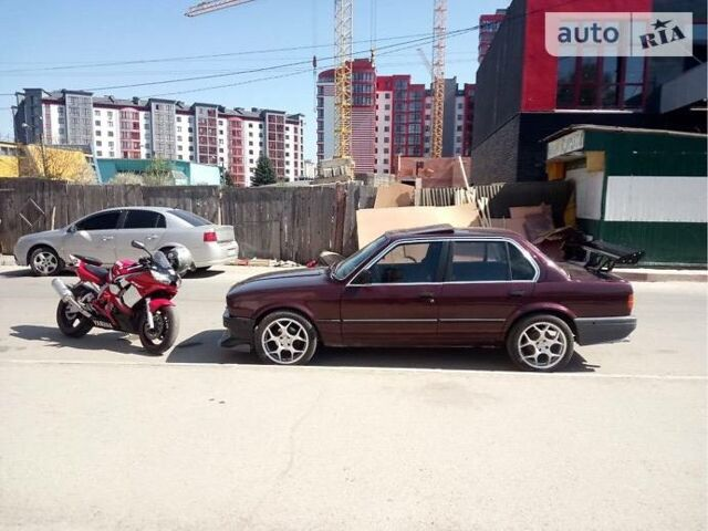 Червоний БМВ 328, об'ємом двигуна 2.8 л та пробігом 20 тис. км за 3000 $, фото 1 на Automoto.ua