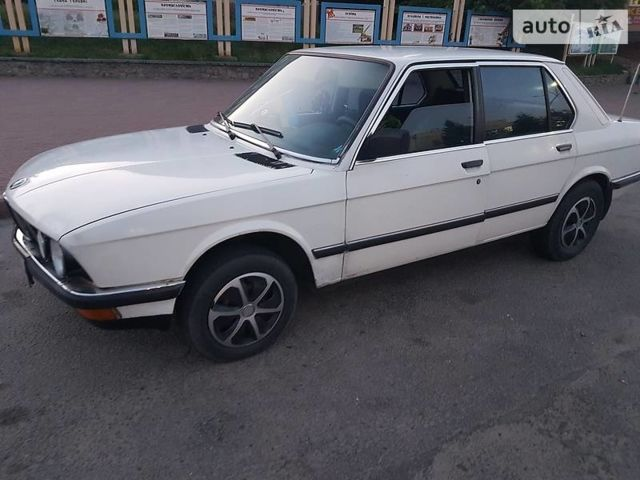БМВ 518, об'ємом двигуна 1.8 л та пробігом 150 тис. км за 1650 $, фото 1 на Automoto.ua