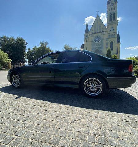 Зеленый БМВ 520, объемом двигателя 2 л и пробегом 294 тыс. км за 5999 $, фото 1 на Automoto.ua