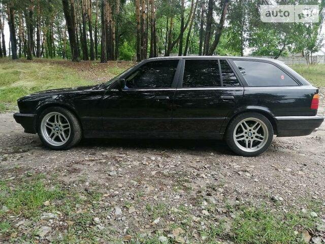 Черный БМВ 525, объемом двигателя 3 л и пробегом 262 тыс. км за 3700 $, фото 1 на Automoto.ua
