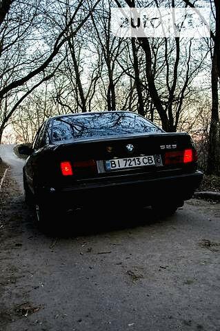 Чорний БМВ 525, об'ємом двигуна 2.5 л та пробігом 100 тис. км за 3000 $, фото 1 на Automoto.ua