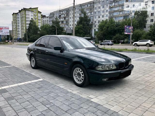 Зеленый БМВ 525, объемом двигателя 2.5 л и пробегом 389 тыс. км за 6000 $, фото 1 на Automoto.ua