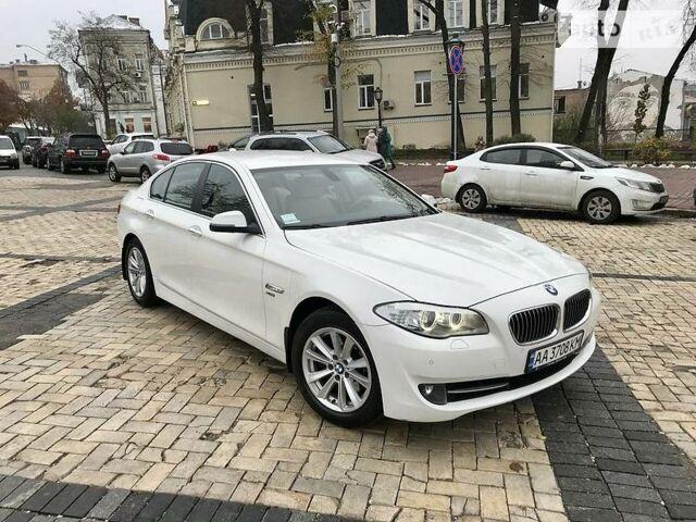 Белый БМВ 528, объемом двигателя 2 л и пробегом 109 тыс. км за 17500 $, фото 1 на Automoto.ua