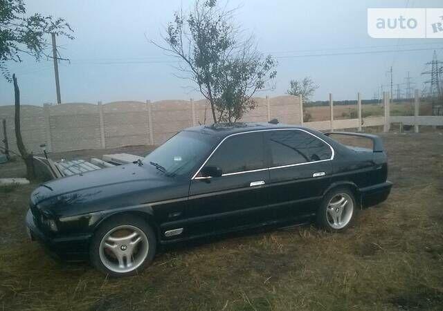 Черный БМВ 530, объемом двигателя 3 л и пробегом 300 тыс. км за 0 $, фото 1 на Automoto.ua