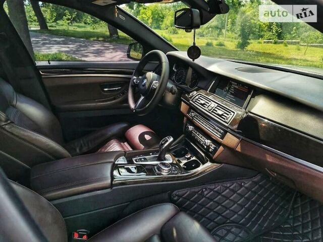 Серый БМВ 535, объемом двигателя 3 л и пробегом 135 тыс. км за 25800 $, фото 1 на Automoto.ua