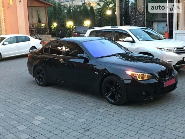 Чорний БМВ 545, об'ємом двигуна 4.4 л та пробігом 204 тис. км за 12500 $, фото 1 на Automoto.ua