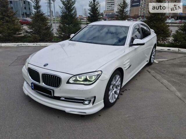 Белый БМВ 730, объемом двигателя 3 л и пробегом 75 тыс. км за 39500 $, фото 1 на Automoto.ua