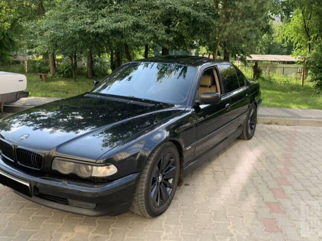 Черный БМВ 730, объемом двигателя 3 л и пробегом 400 тыс. км за 7300 $, фото 1 на Automoto.ua