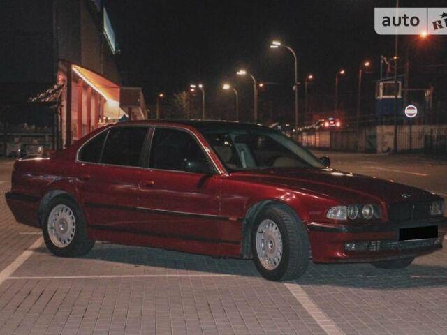 Красный БМВ 730, объемом двигателя 3 л и пробегом 526 тыс. км за 5200 $, фото 1 на Automoto.ua