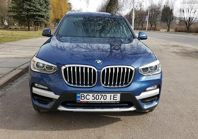 Синій БМВ Х3, об'ємом двигуна 2 л та пробігом 6 тис. км за 42500 $, фото 1 на Automoto.ua