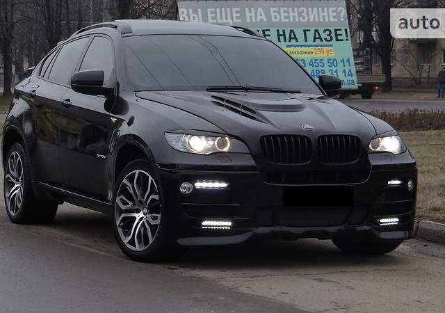Чорний БМВ Х6, об'ємом двигуна 4.4 л та пробігом 120 тис. км за 31000 $, фото 1 на Automoto.ua