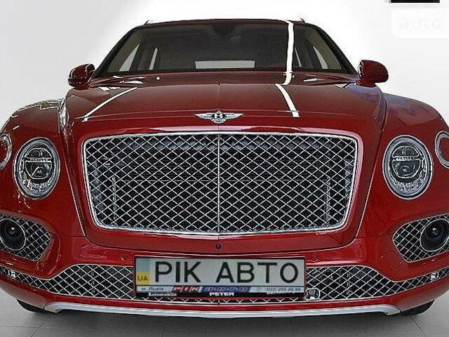 Красный Бентли Бентайга, объемом двигателя 6 л и пробегом 20 тыс. км за 246600 $, фото 1 на Automoto.ua