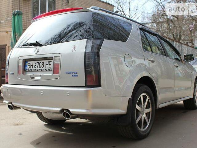 Серебряный Кадиллак СРХ, объемом двигателя 4.6 л и пробегом 150 тыс. км за 14880 $, фото 1 на Automoto.ua