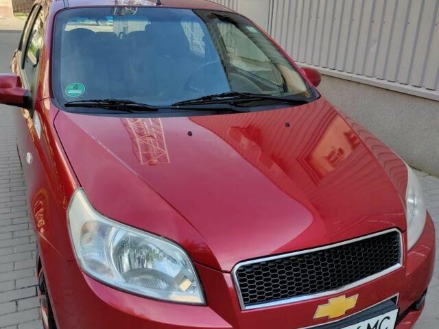 Красный Шевроле Авео, объемом двигателя 1.2 л и пробегом 115 тыс. км за 4999 $, фото 1 на Automoto.ua