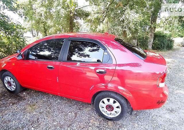 Червоний Шевроле Авео, об'ємом двигуна 1.5 л та пробігом 170 тис. км за 4599 $, фото 1 на Automoto.ua