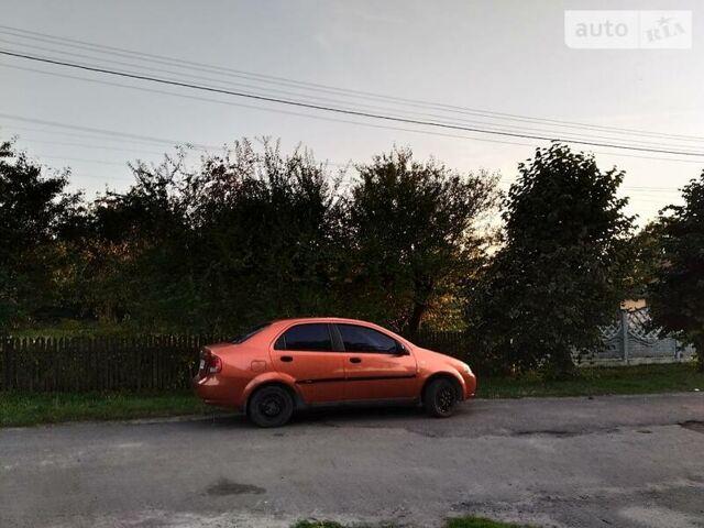 Оранжевый Шевроле Авео, объемом двигателя 1.5 л и пробегом 117 тыс. км за 3500 $, фото 1 на Automoto.ua