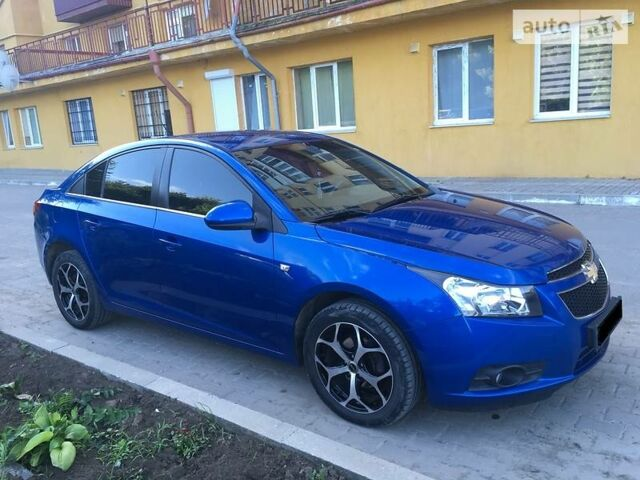 Синий Шевроле Круз, объемом двигателя 1.6 л и пробегом 230 тыс. км за 9200 $, фото 1 на Automoto.ua