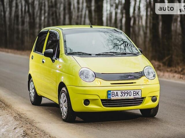 Желтый Дэу Матиз, объемом двигателя 0.8 л и пробегом 64 тыс. км за 3600 $, фото 1 на Automoto.ua