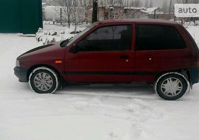 Червоний Дайхатсу Charade, об'ємом двигуна 1 л та пробігом 173 тис. км за 1709 $, фото 1 на Automoto.ua