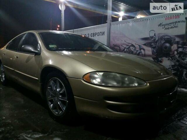 Золотий Додж Intrepid, об'ємом двигуна 2.7 л та пробігом 19 тис. км за 4500 $, фото 1 на Automoto.ua