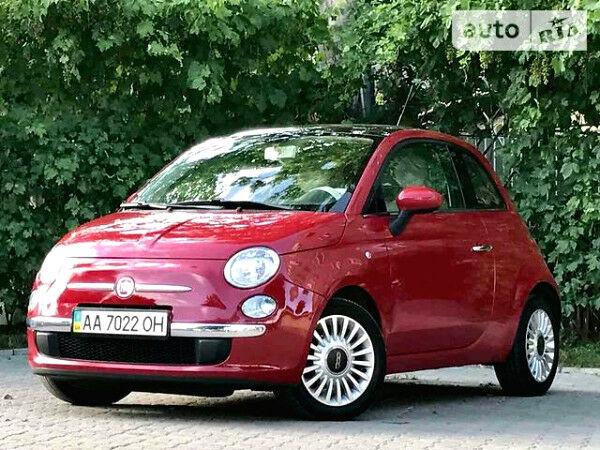 Красный Фиат 500, объемом двигателя 1.2 л и пробегом 65 тыс. км за 9100 $, фото 1 на Automoto.ua