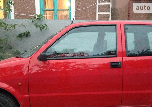 Червоний Фіат Чінквеченто, об'ємом двигуна 0.9 л та пробігом 200 тис. км за 2300 $, фото 1 на Automoto.ua