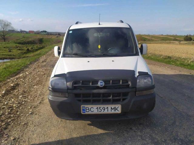 Белый Фиат Добло груз., объемом двигателя 1.9 л и пробегом 327 тыс. км за 4300 $, фото 1 на Automoto.ua
