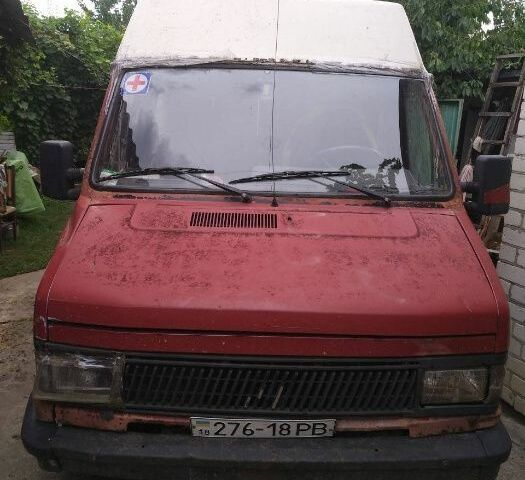 Красный Фиат Дукато груз., объемом двигателя 2.5 л и пробегом 300 тыс. км за 500 $, фото 1 на Automoto.ua