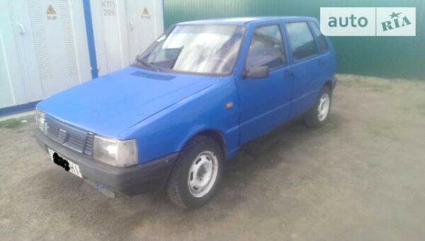Синий Фиат Уно, объемом двигателя 1.3 л и пробегом 310 тыс. км за 1100 $, фото 1 на Automoto.ua